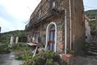Vendesi casa Tonna Pietra Alicudi - Alicudi palazzetto terra celo storico in vendita ad Alicudi in contrada Tonna