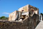 Fabbricato storico e panoramico a Leni Salina