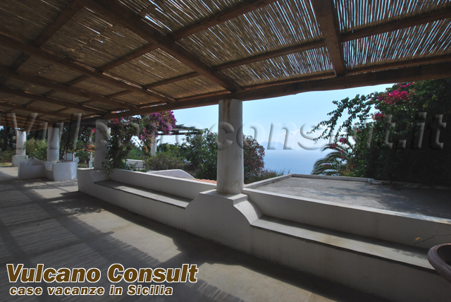 Large property on sale in Filicudi island, Liscio area