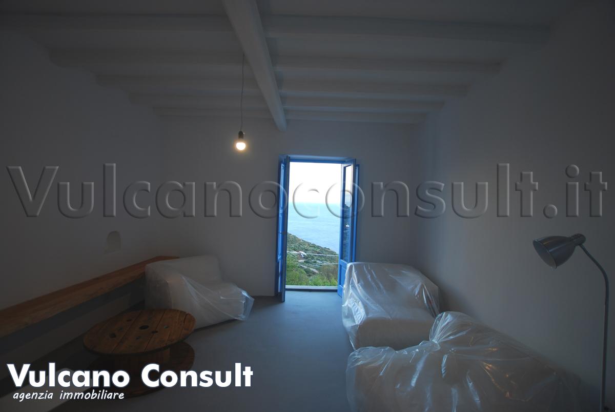 Casa eoliana Filicudi