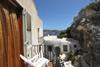 balcone con vista mare parziale