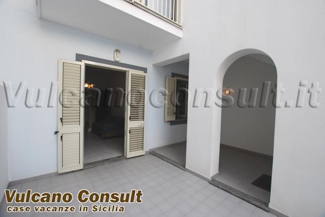Appartamento piano terra Lipari Canneto