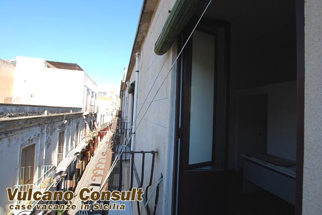 Vendesi appartamento a Lipari centro storico mq.128