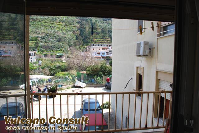 Isola di lipari vendesi appartamento in condominio - Cucina balcone condominio ...