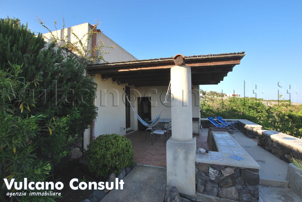 Small typical villa in Lipari, S. Margherita area