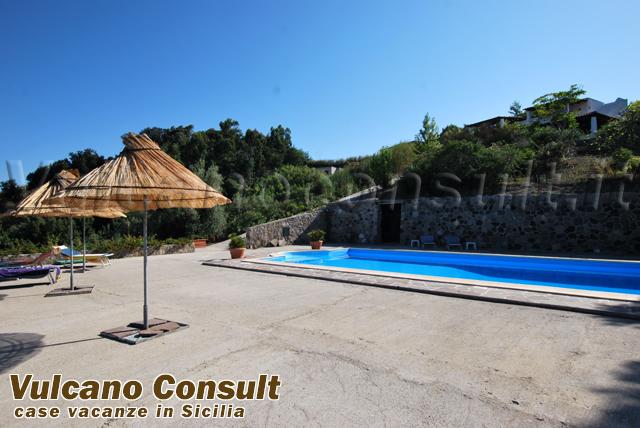 villa con piscina s salvatore lipari vendite immobiliari
