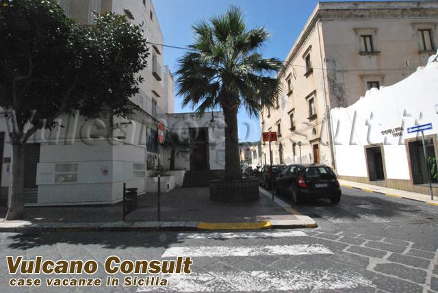 Vendesi casa Corso Lipari