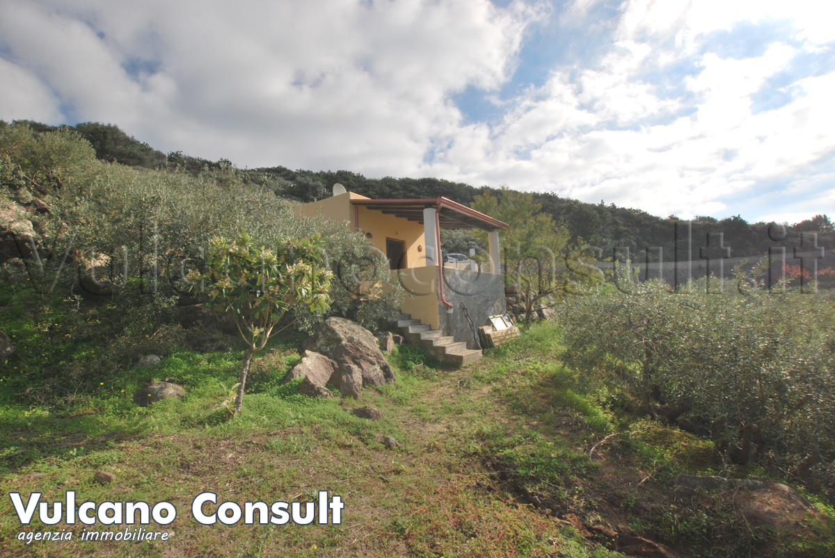 for sale San Calogero property