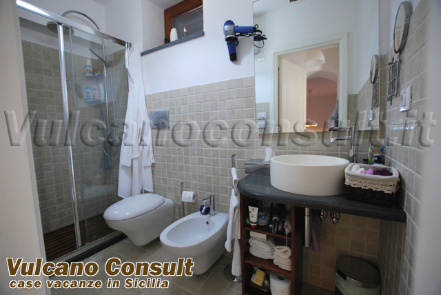 Villa Mulino a Vento to sell in Pianoconte, Lipari