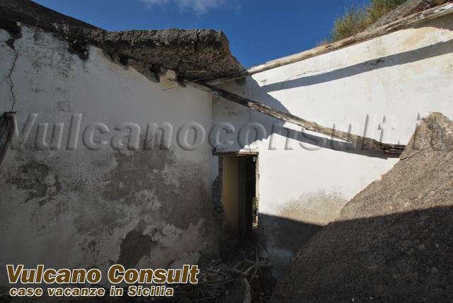 Vendesi antica casa eoliana a lipari monte id8758 for Casa moderna o antica