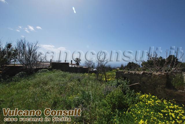 Vendesi rudere e terreno con studio progettuale Pianoconte Lipari