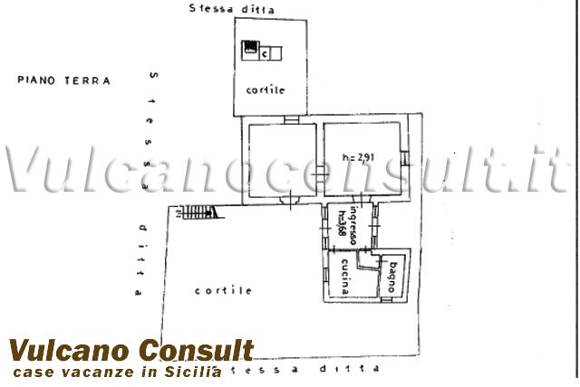 Casa con terreno a quattropani lipari id8920 for Piano casa a quattro timpani con garage