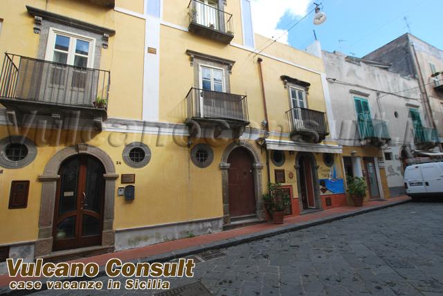 Immobile storico in via Maurolico Lipari