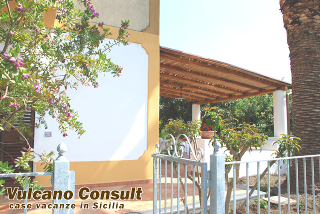 Vendesi casa Marina Lunga Lipari