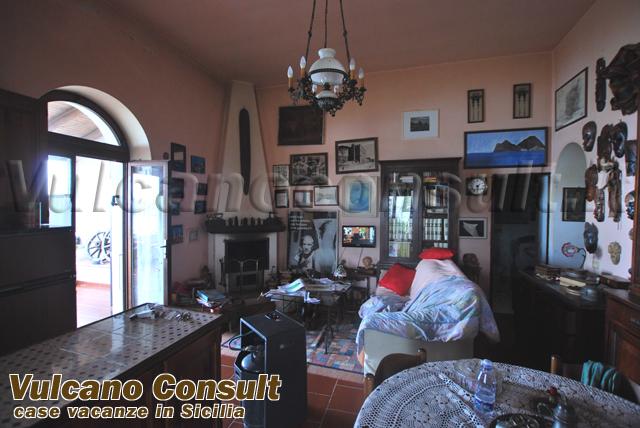 Vendesi casa Capistello Lipari