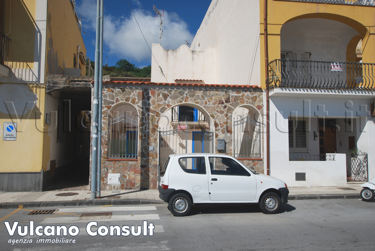 Casa indipendente Canneto frontemare