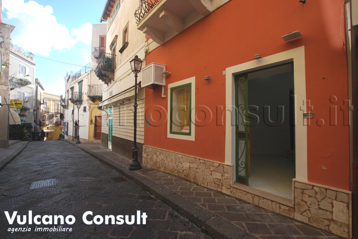 Casa e negozio Lipari