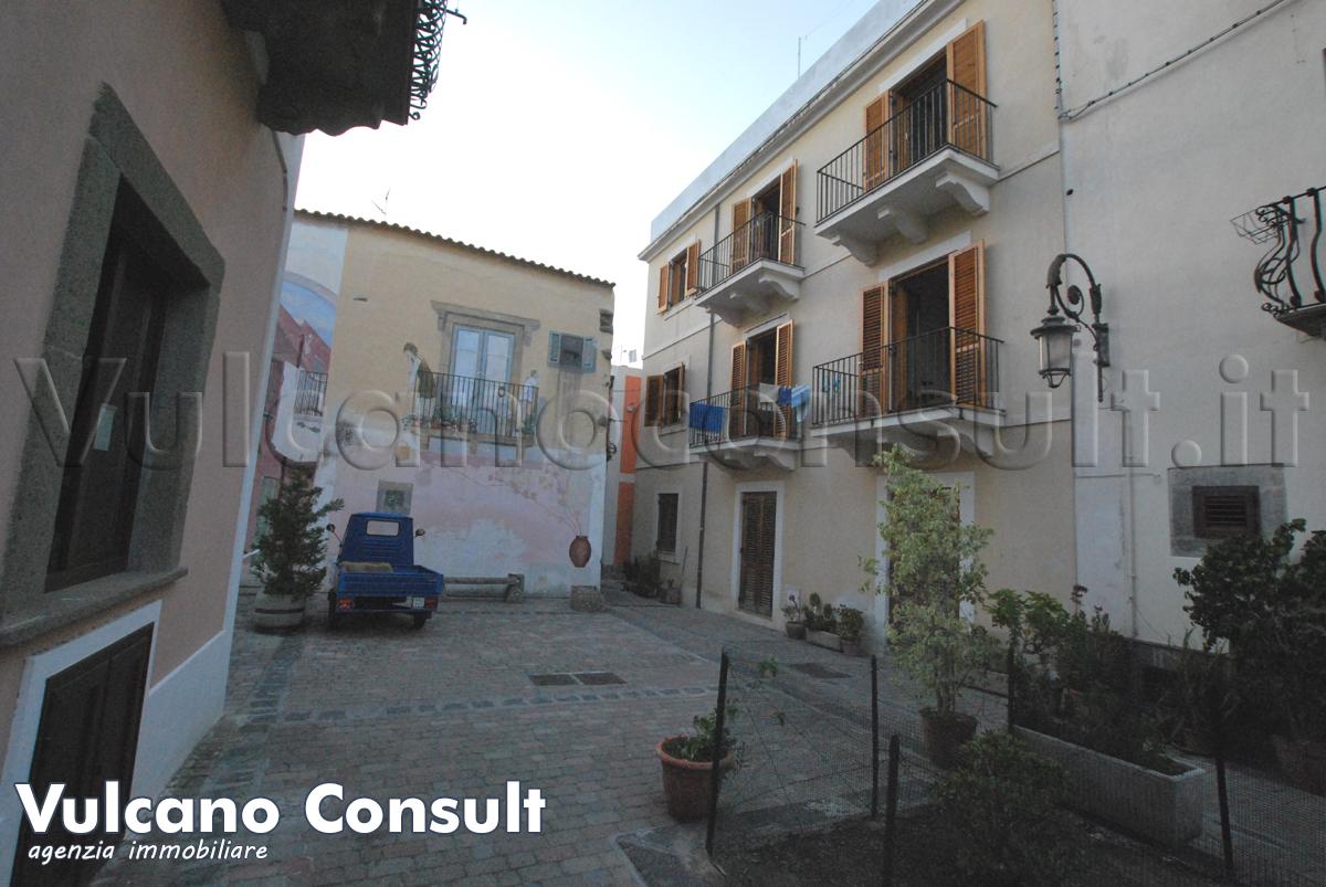Appartamento primo piano Murales
