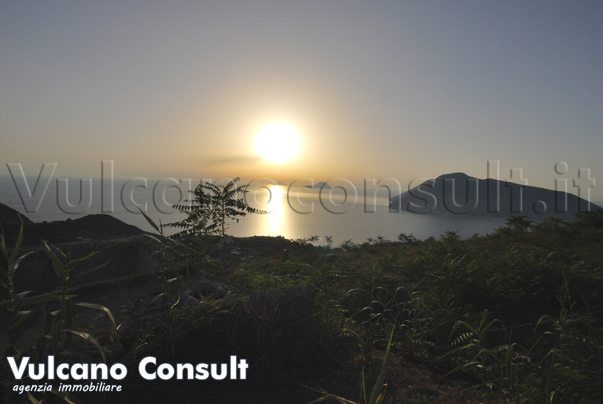Quattropani rudere panoramico Lipari