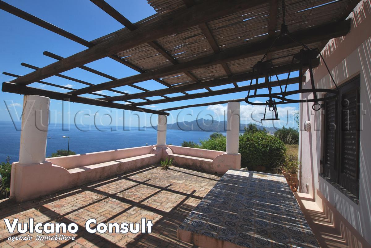 Casa panoramica Santa Marina Salina  da 675