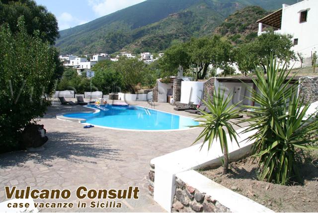 Villa con piscina Santa Marina Salina