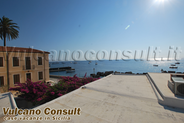 House at the seaside on sale in Lingua Salina
