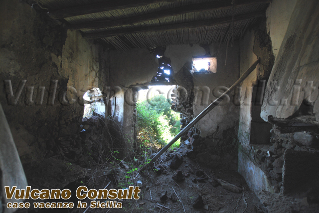 for sale ruin Pollara Salina