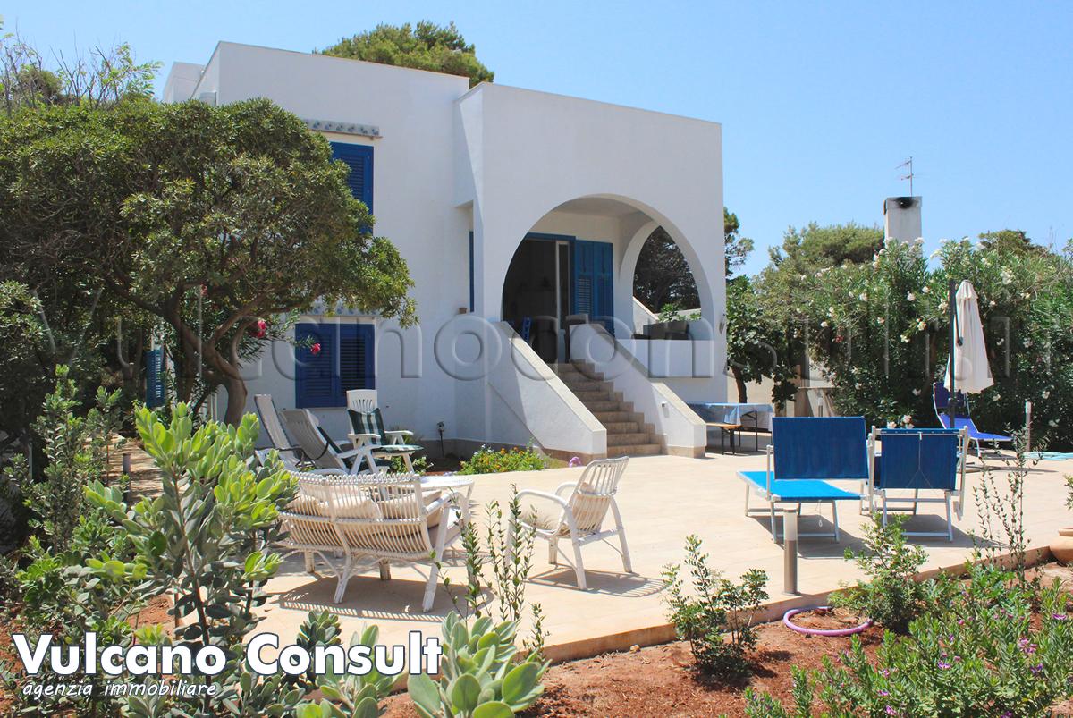 Sicily villas rental villa in sicily italy holiday for Semplice casa con 3 camere da letto piani kerala
