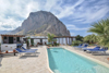 Casa vacanza con piscina San Vito lo Capo