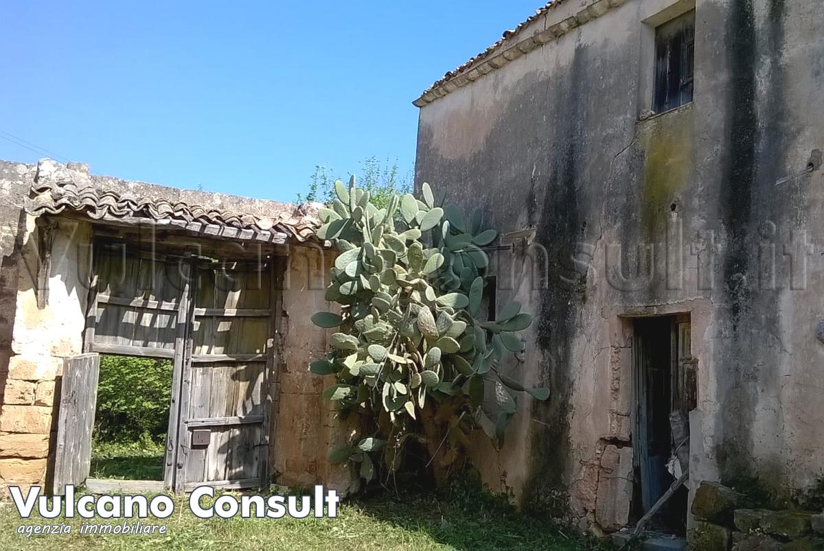 Tipico baglio siciliano Castelluzzo San Vito lo Ca