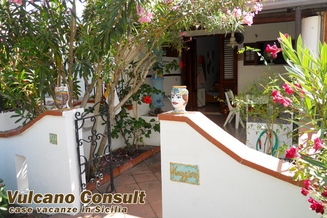 ingresso appartamento / terrazzino / giardino