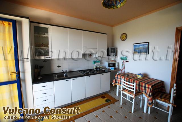 Villetta in residence in Vulcano, Lentia