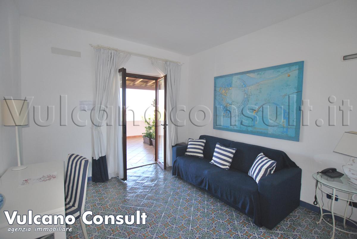 Apartment sea side Vulcano Porto