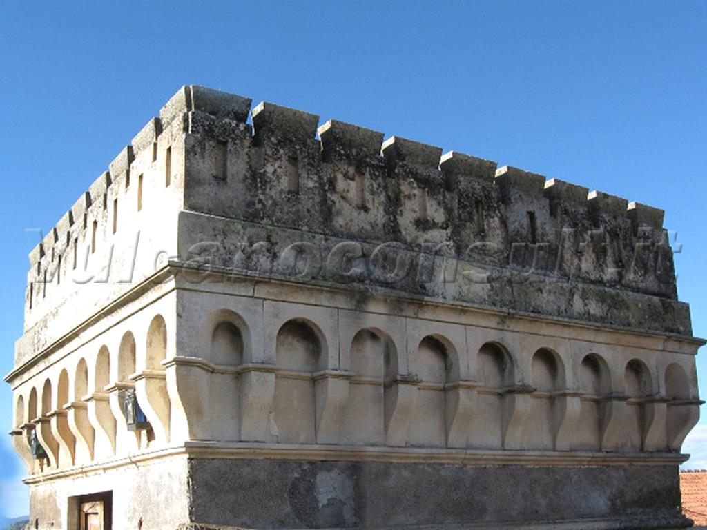 Vendesi palazzo di epoca Bronte